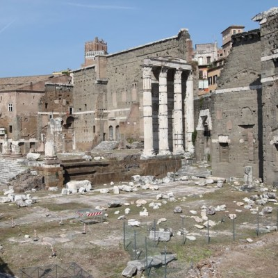 photo of the ruins of the Roman Forum